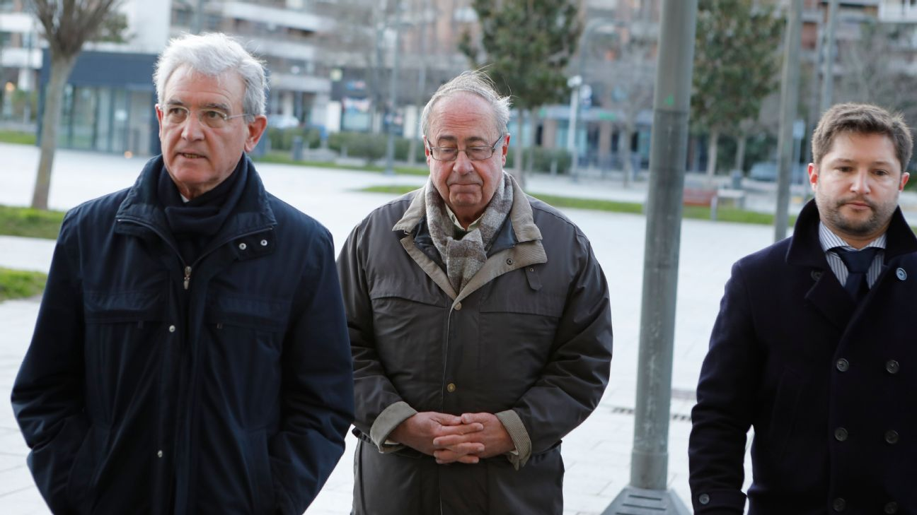 Ex-Osasuna executive Angel Vizcay (middle) has been found guilty of match-fixing.