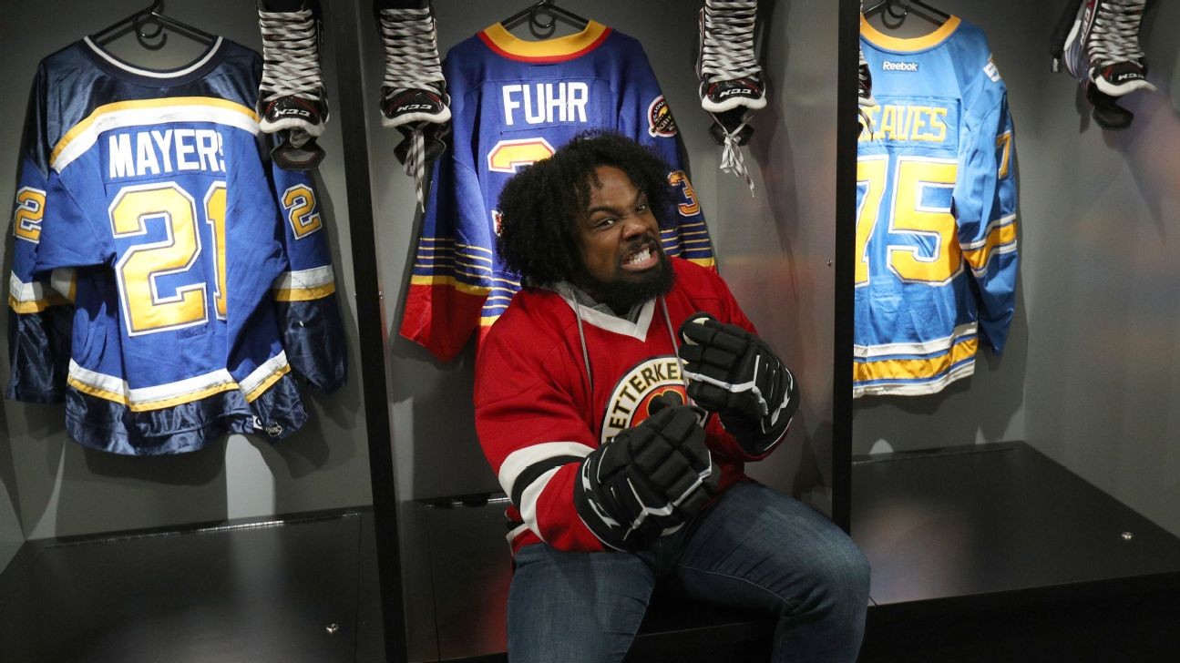 WWE star Xavier Woods on surreal NHL All-Star experience, bar arcades, more