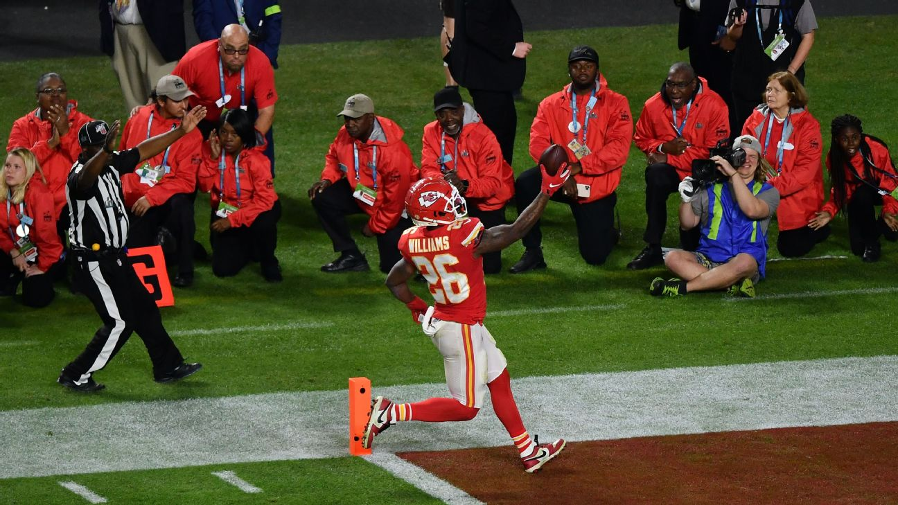 49ers Raheem Mostert To Return Jersey To Chiefs Damien Williams After Super Bowl Liv Swap Abc7 San Francisco