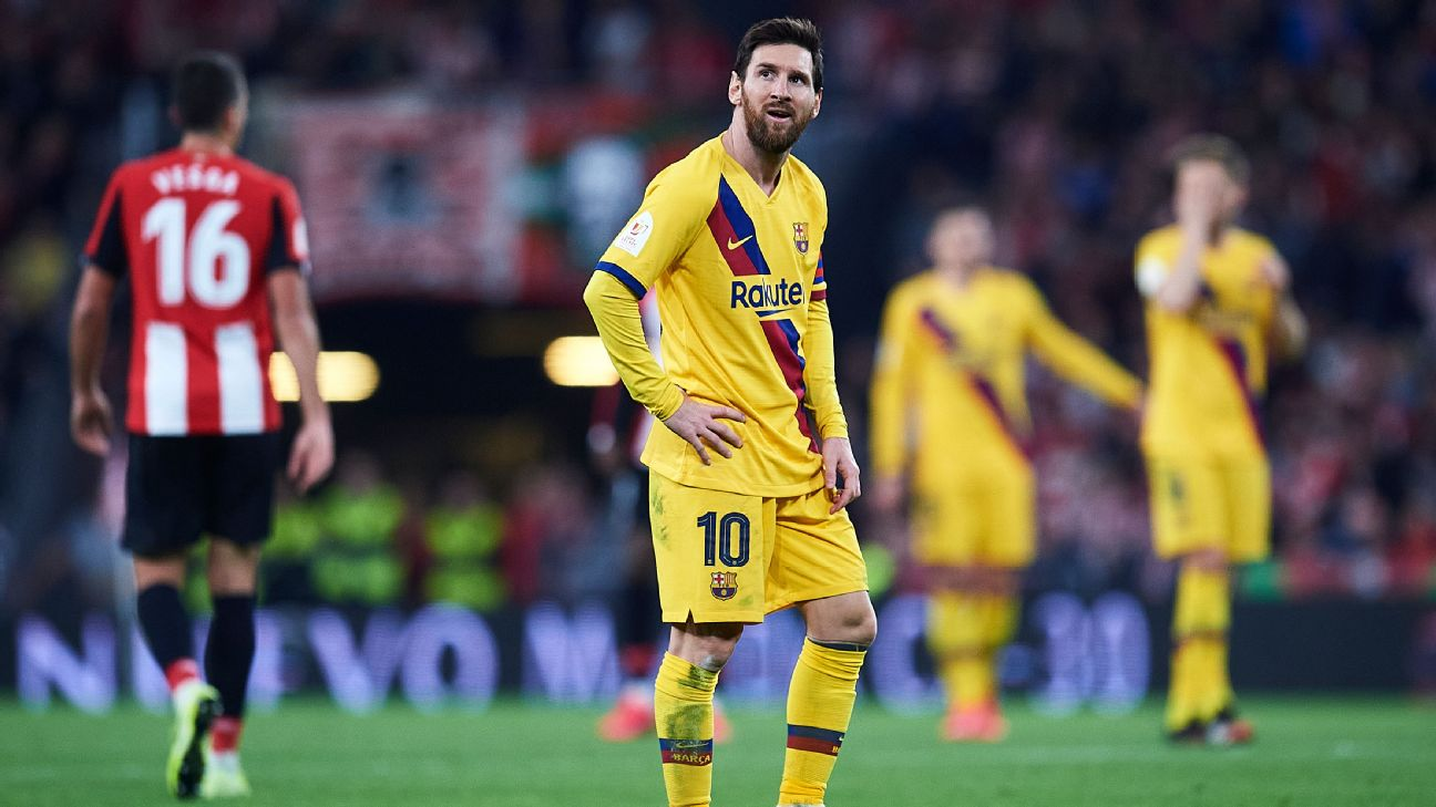 Lionel Messi looks on during Barcelona's Copa del Rey loss to Athletic Club.