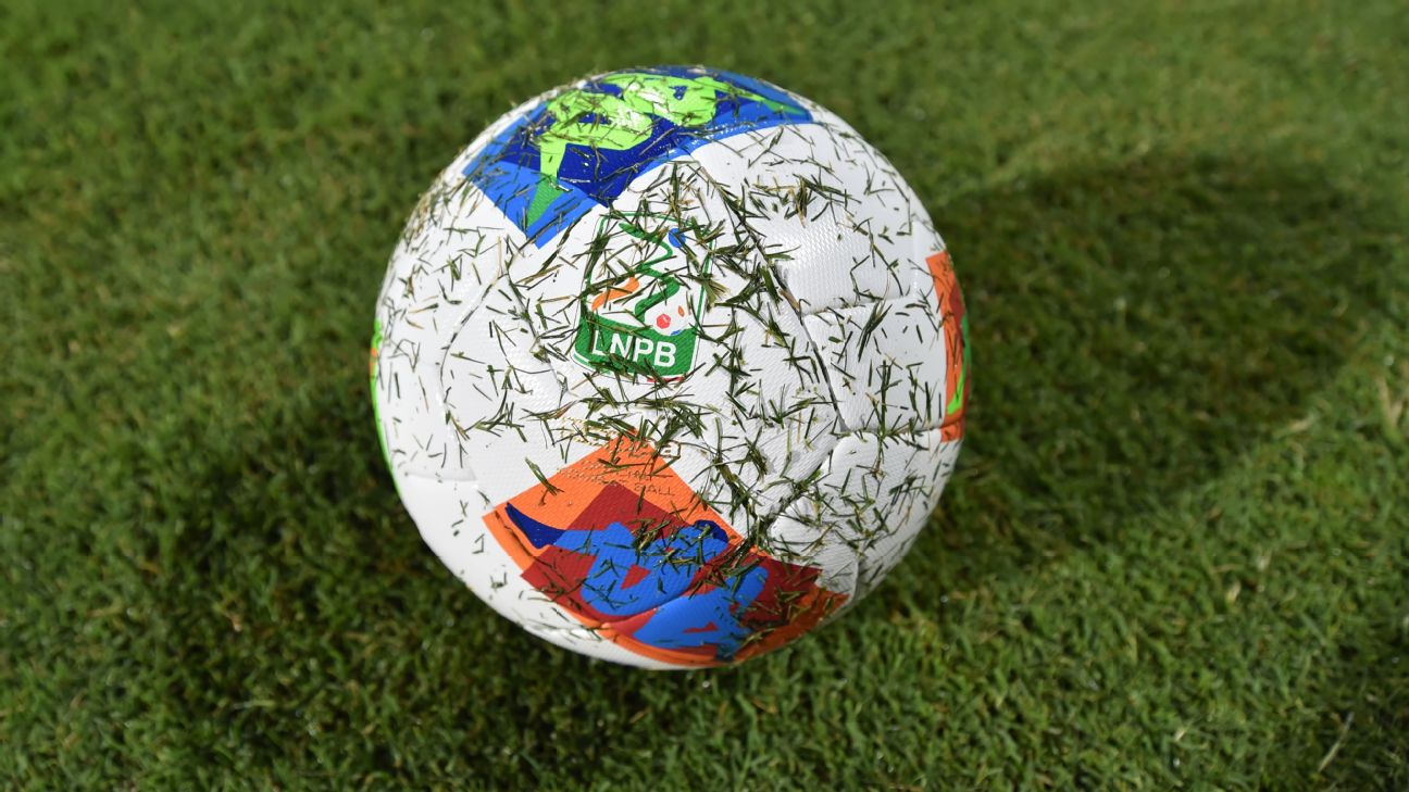 Serie B League ball