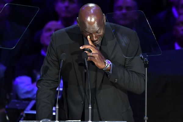 MJ to serve as Kobe's presenter at Naismith HOF