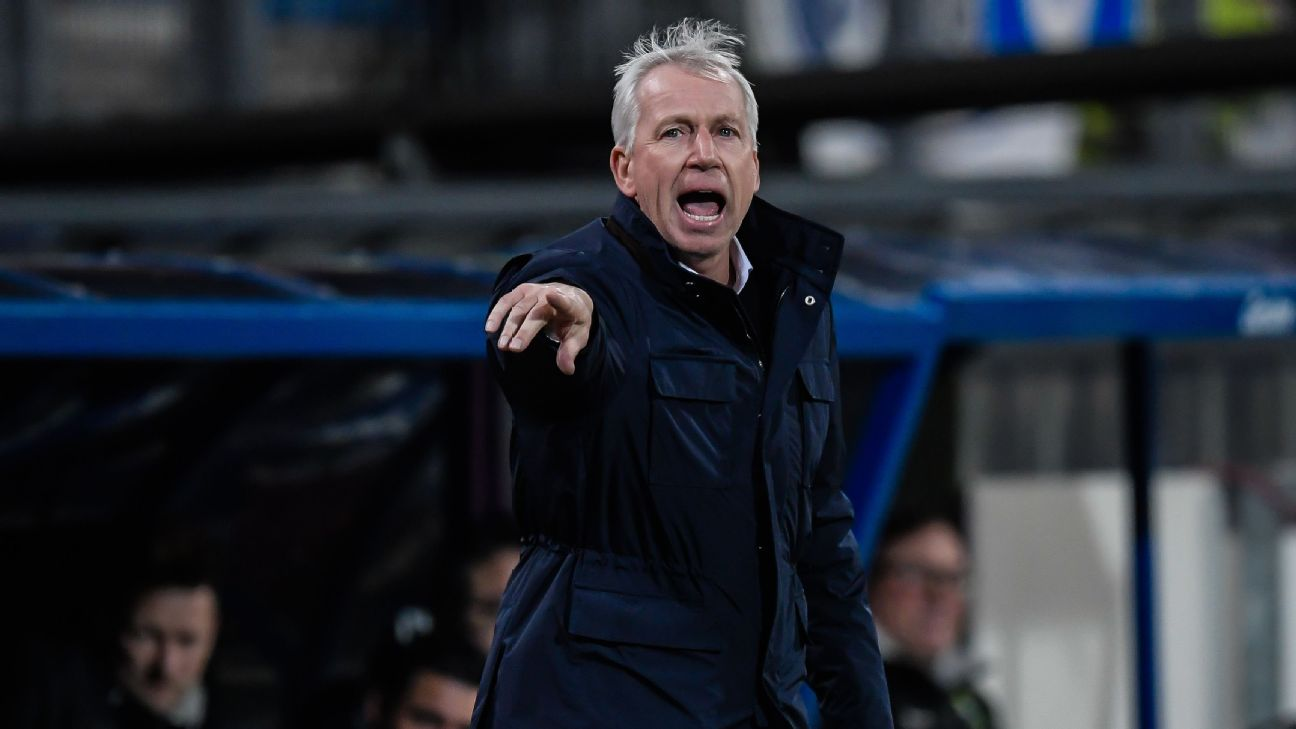 ADO Den Haag have been coached by Alan Pardew since Dec. 24 and are without a win since Jan. 19.
