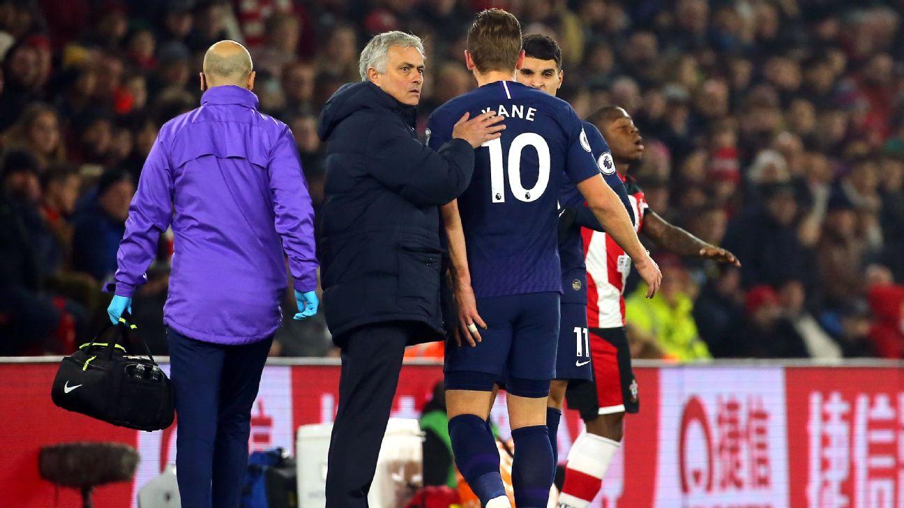 Tottenham Hotspur manager Jose Mourinho with Harry Kane