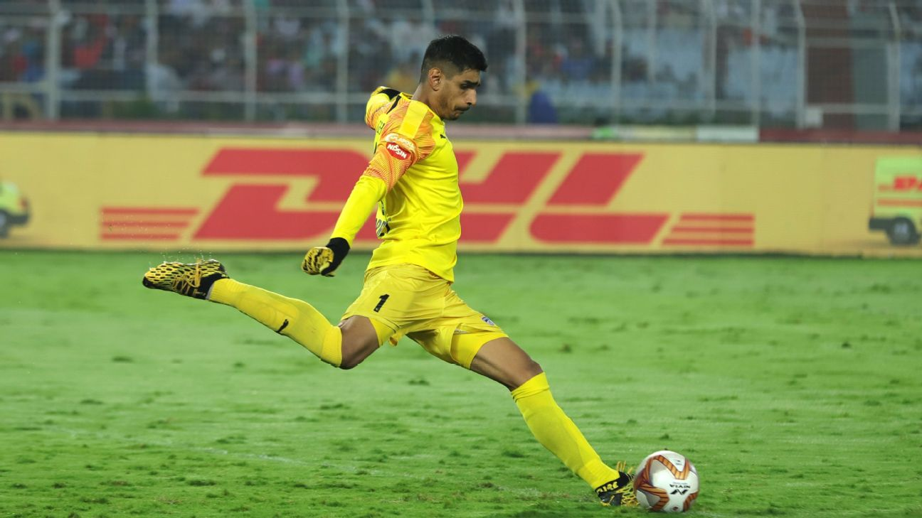 Gurpreet Singh Sandhu in action against ATK in the second leg of the ISL semifinal in Kolkata on March 8.