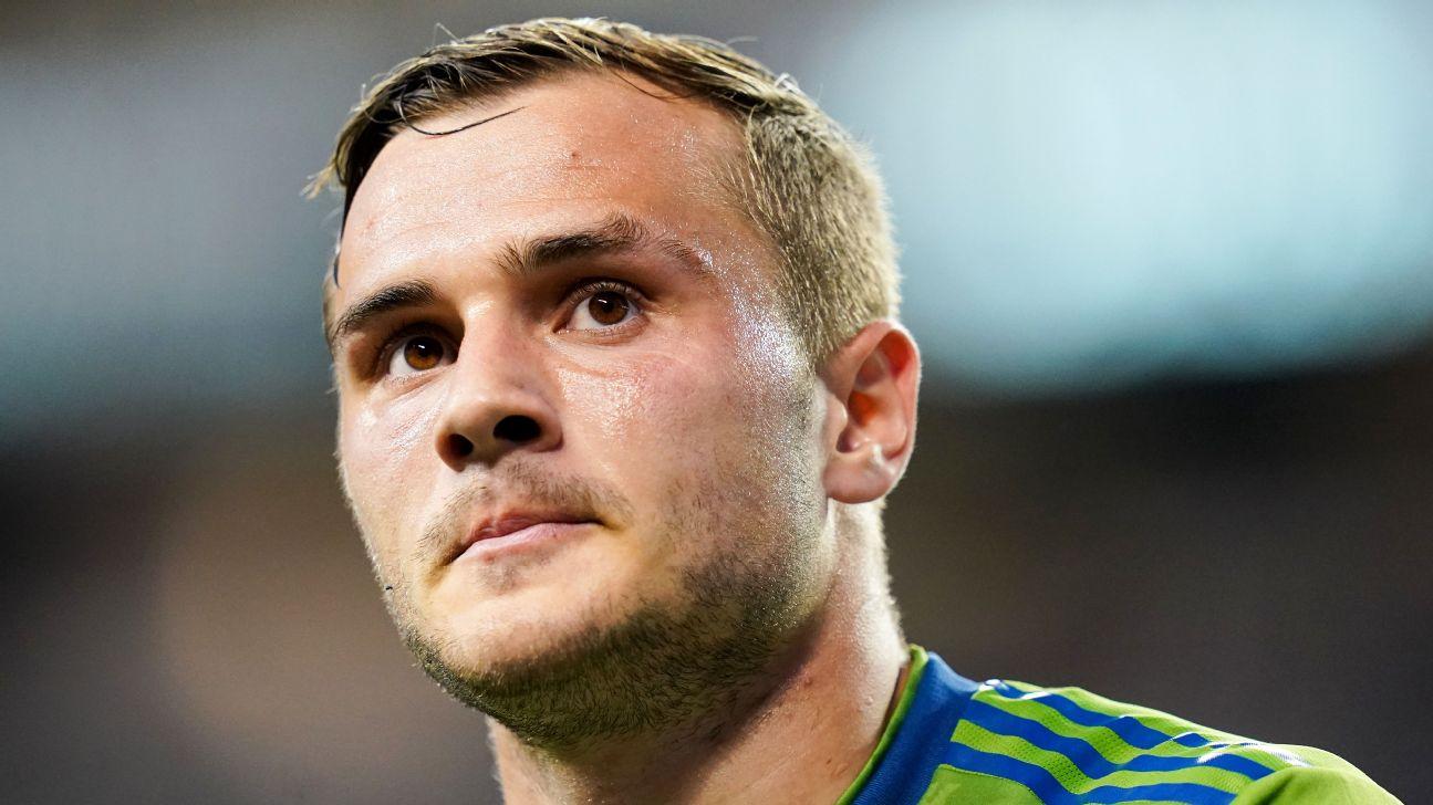 Jordan Morris looks on during the Seattle Sounders' MLS match against the Houston Dynamo.
