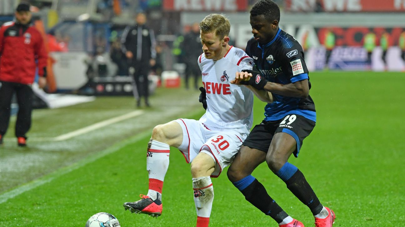 Jamilu Collins (right) has made 21 appearances in a difficult campaign for SC Paderborn 07.