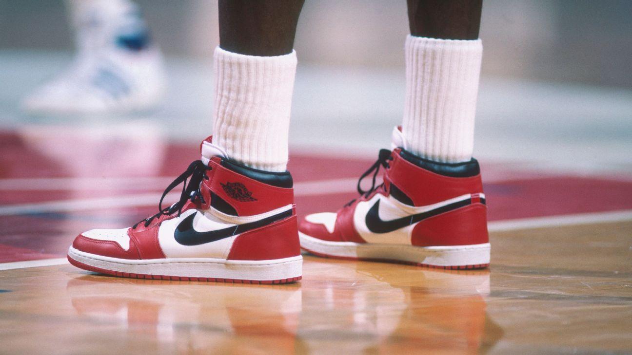 Los Air Jordan de medio millón de dólares y otra memorabilia subastada