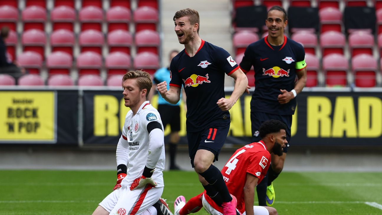 Timo Werner of RB Leipzig celebrates after scoring his sides fourth goal