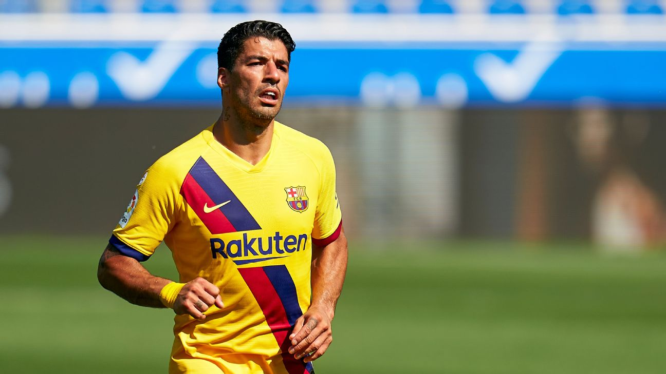 Atletico Madrid sign Suarez from Barcelona