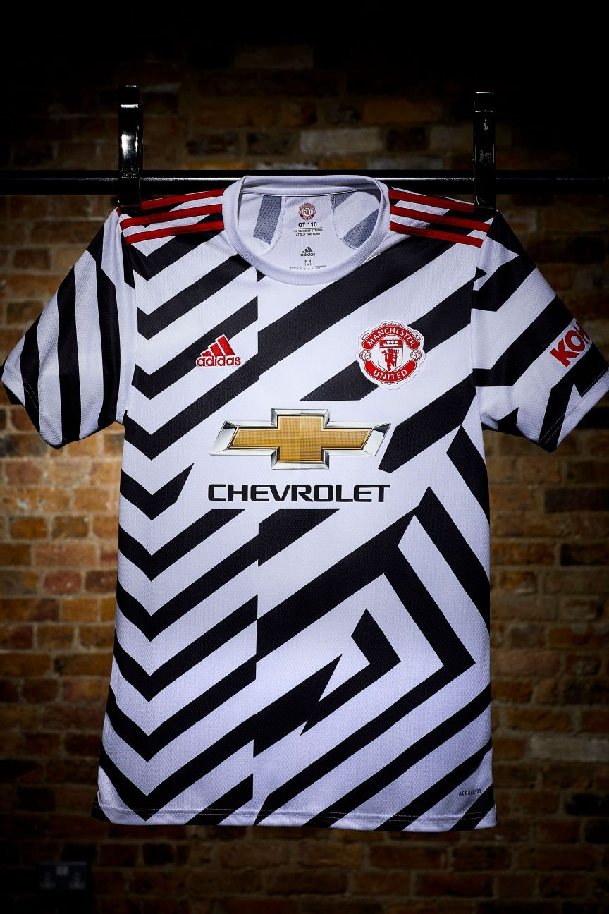 Man United Unveil Zig Zag Third Kit For 2020 21 Season To Mark A Century Of Stripes