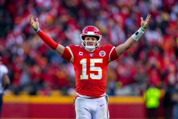 Ravens DC: Mahomes 'underpaid' even if $1B