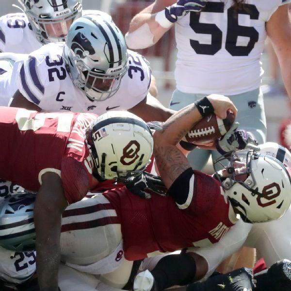 Short-handed K-State stuns No. 3 Oklahoma late