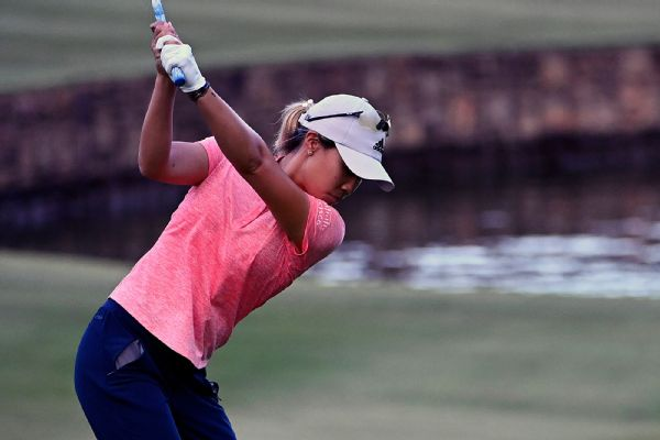 Kang, Song tied atop Drive On Championship