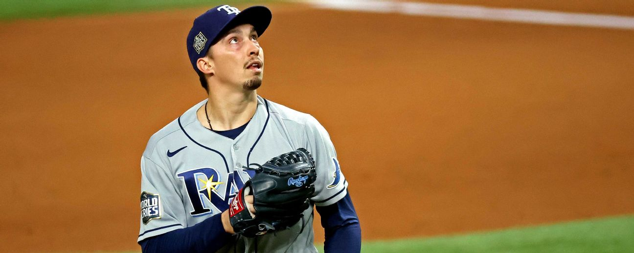 Lights-out Snell pulled in 6th; Dodgers take lead