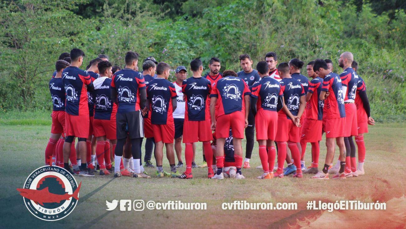 Club Tiburón viola los lineamientos de la LBM al registrar nuevos jugadores sin dar de baja a los integrantes de la actual plantilla