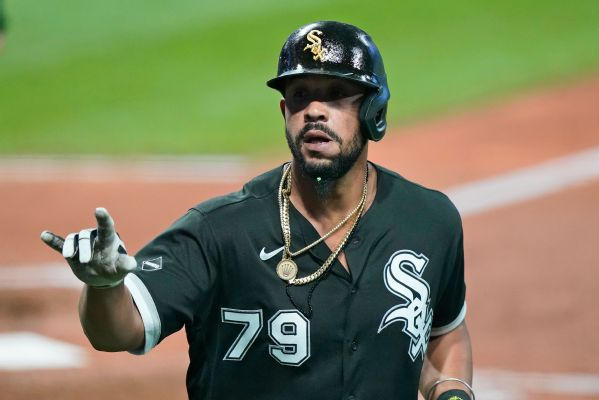White Sox star Abreu tests positive for COVID-19