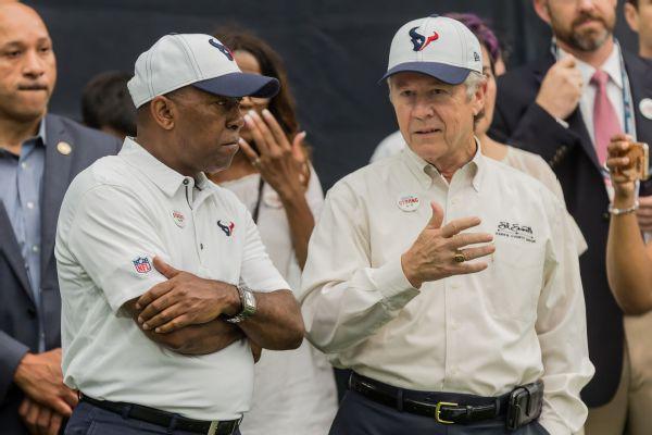 Mayor: Praying Watson, Texans can stick together