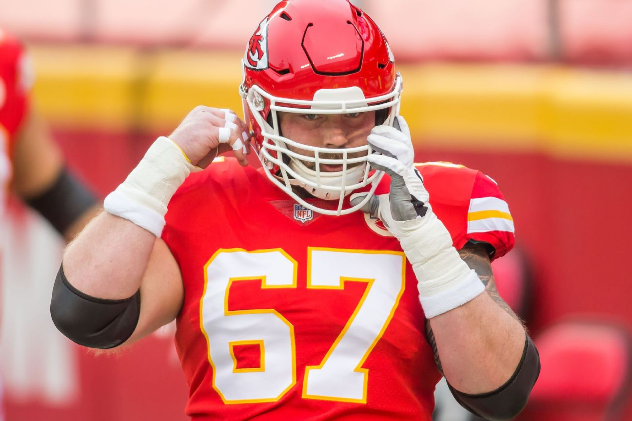 Sources: Chiefs' barber tests positive amid cuts