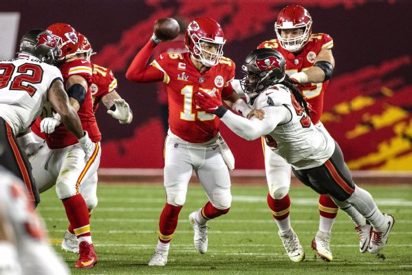 Mahomes credits Bucs D for career-worst game