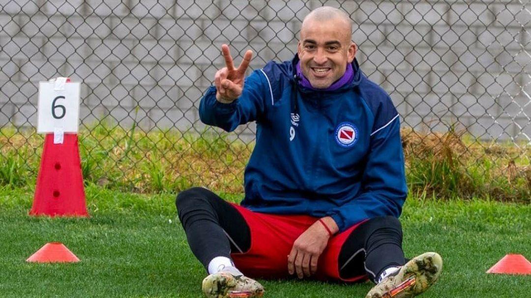 Lo dejaron jugar al Tanque: Santiago Silva está habilitado para volver a las canchas