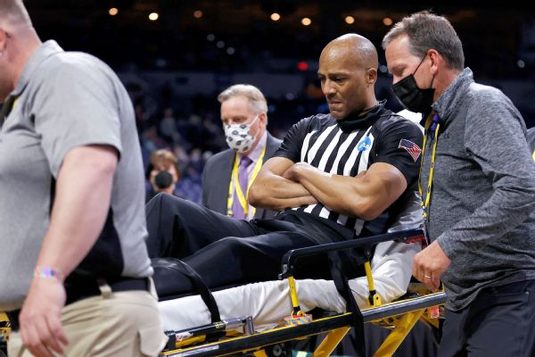 NCAA tourney ref who collapsed had blood clot