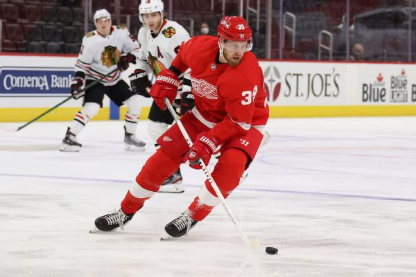 Caps acquire Red Wings' Mantha in blockbuster