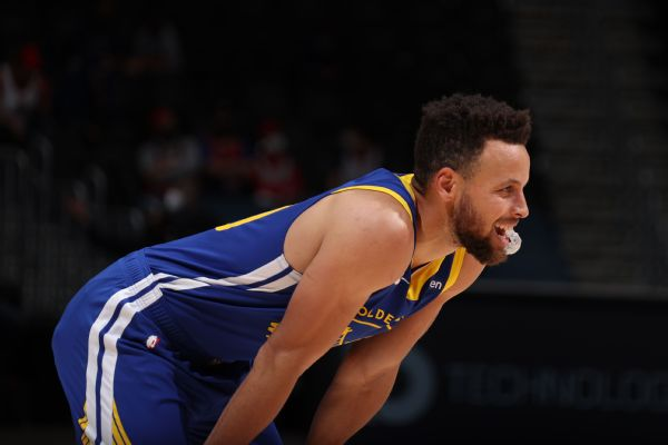 Curry's 30-point run ends: 'It was a special ride'
