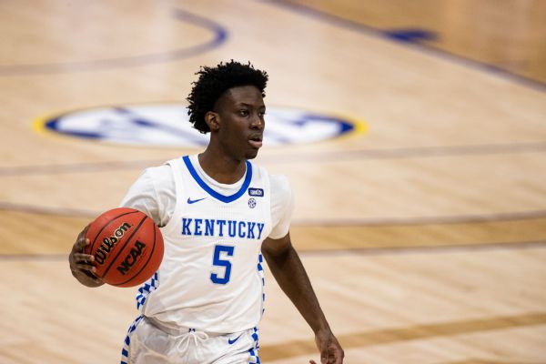 Ex-Kentucky guard Clarke, 19, dies after crash