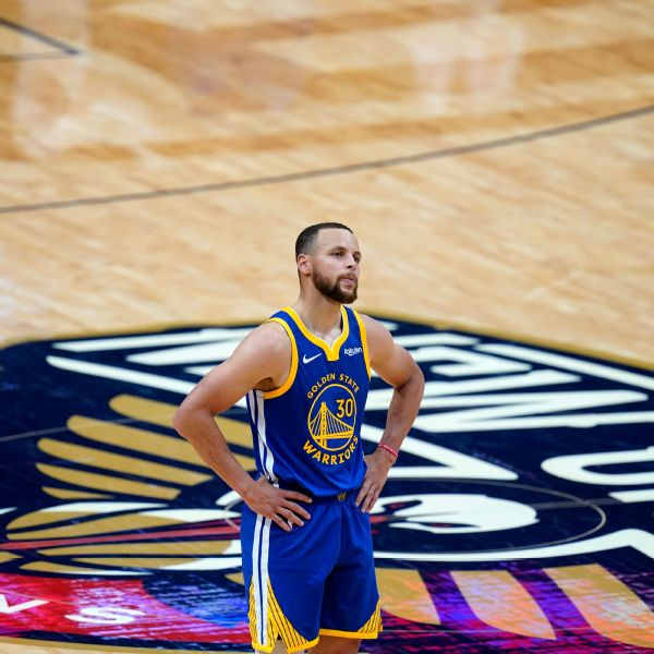 Curry cools after lights fail as Pels take advantage