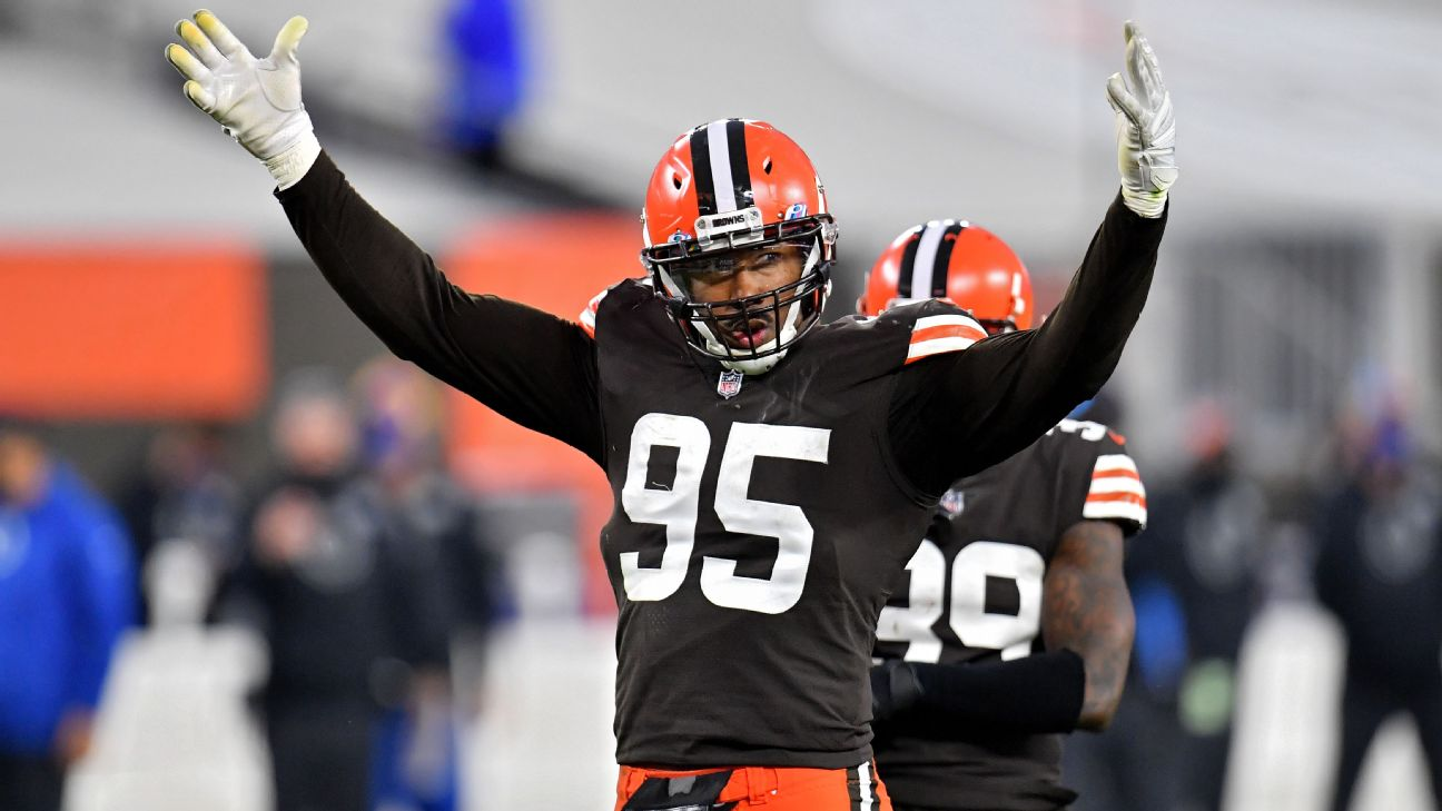 Cleveland Browns DE Myles Garrett 'retires' from basketball