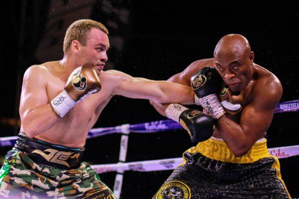 MMA legend Silva stuns Chavez Jr. by decision