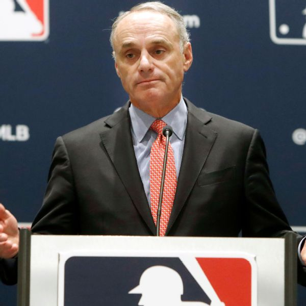 Unfazed Manfred sees 'progress' in pitcher checks