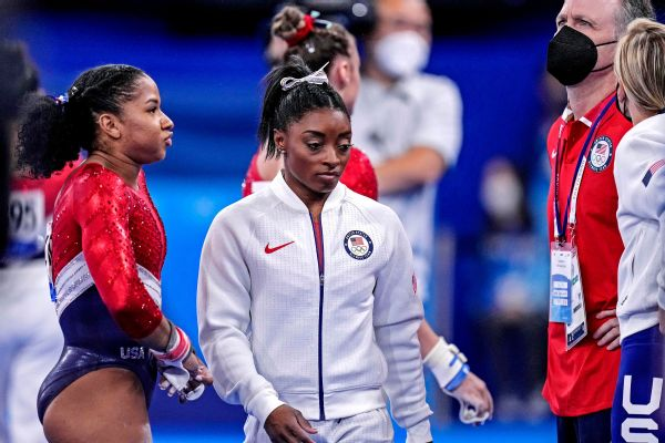 Raisman proud of Biles: Took 'bravery' to pull out