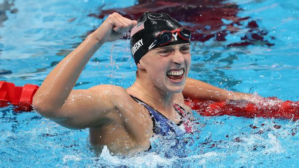 Olympics 2021 live updates: Katie Ledecky takes gold in 1,500 free, U.S. men's hoops looks to bounce back, plus more from Tokyo