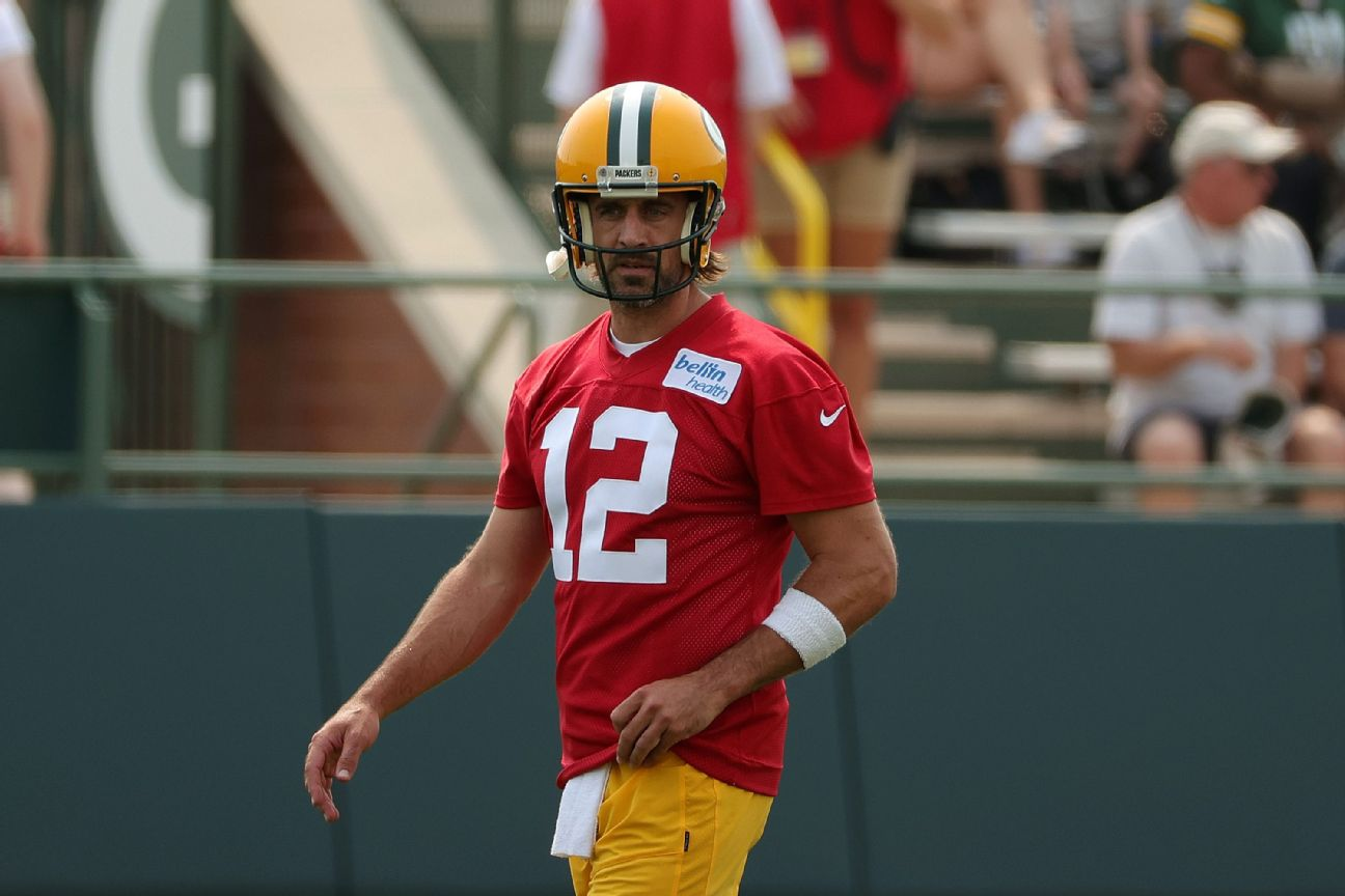 Rodgers airs grievances but 'I'm not a victim'