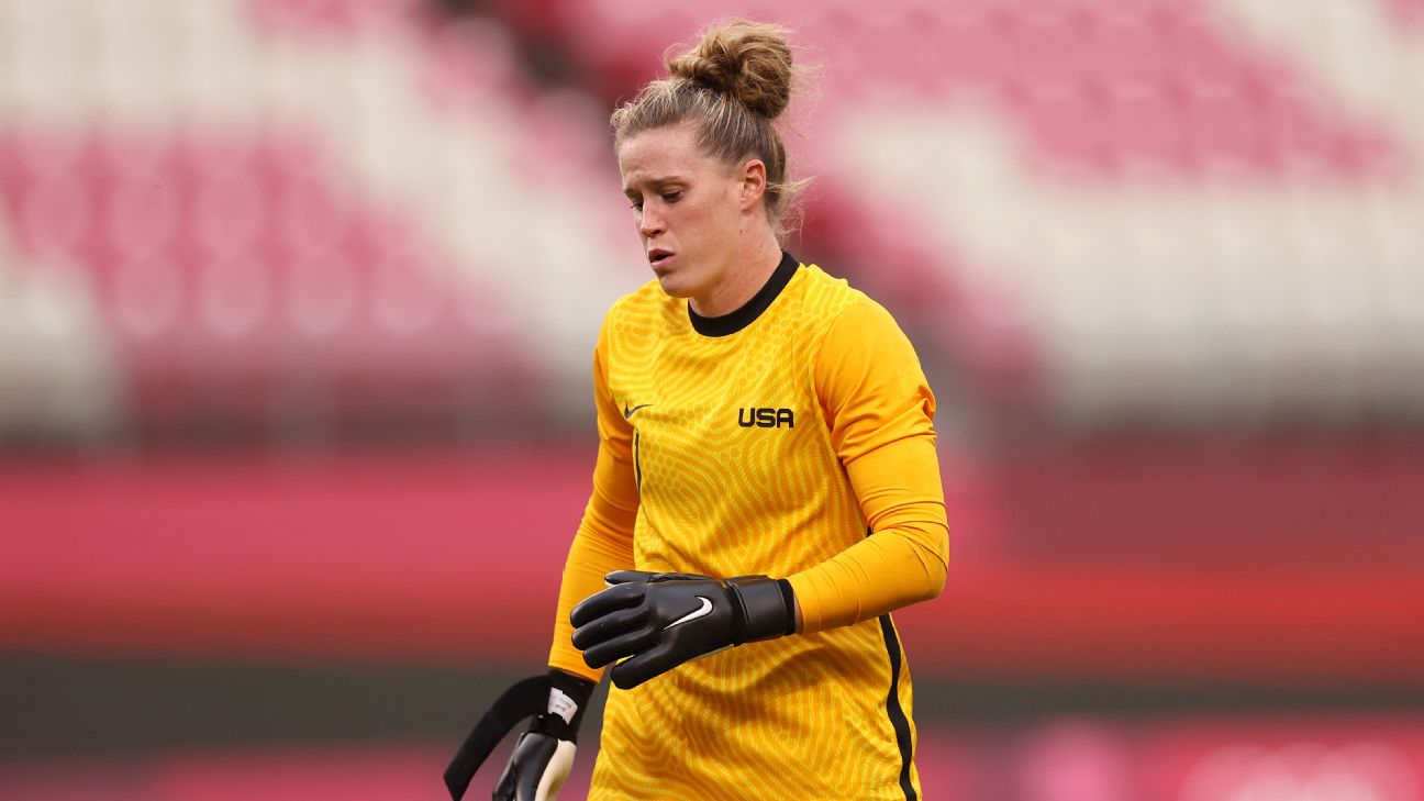 USWNT's Naeher off injured in Olympic semi