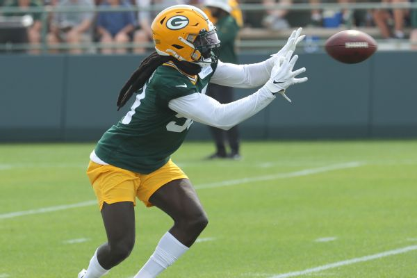 Packers place OLB Smith on IR with back issue
