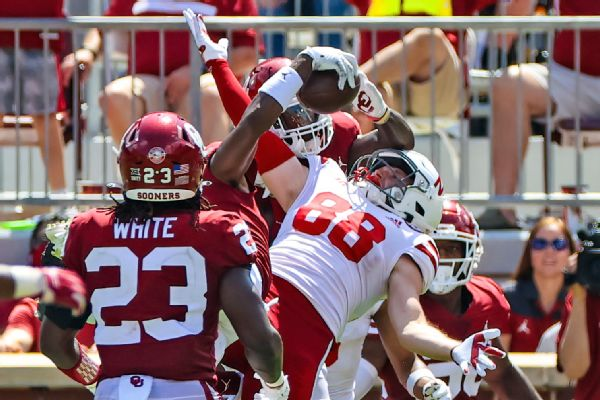 OU's Riley: Almost challenged my own team's INT