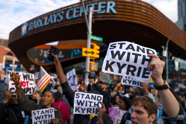 Protesters show Irving support outside Barclays